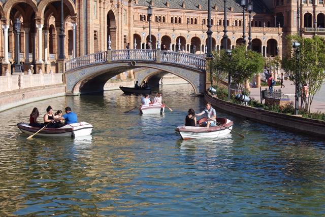 Spanish Students Travel Abroad