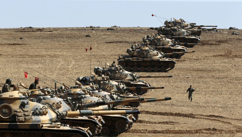 Turkish tanks line up at the Syrian border prior to the assault (Image Source: Business Insider)