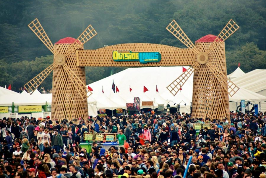 Daytime+picture+of+the+music+festival+%22Outside+Lands%22