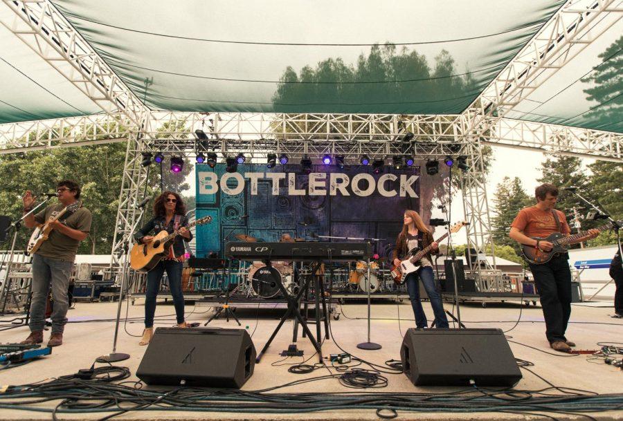 Artist+performing+at+%22BottleRock+Napa+Valley%22
