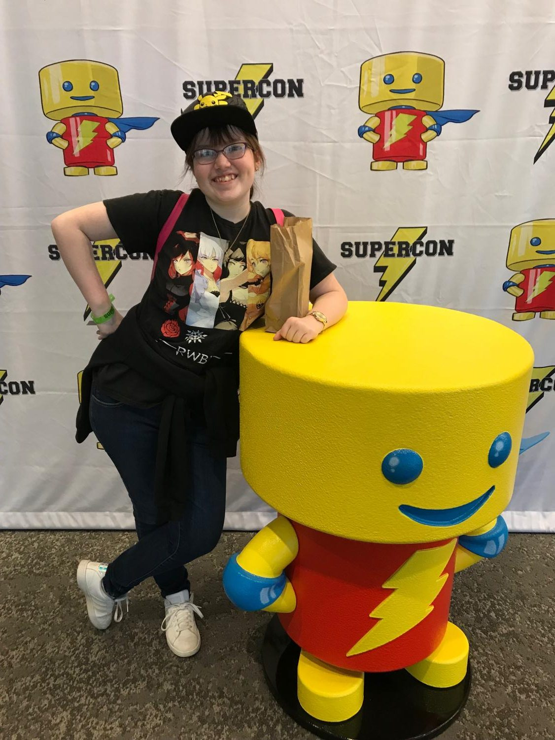 On the way out, I catch a picture with the Louisville Supercon mascot. I can't wait to go again!