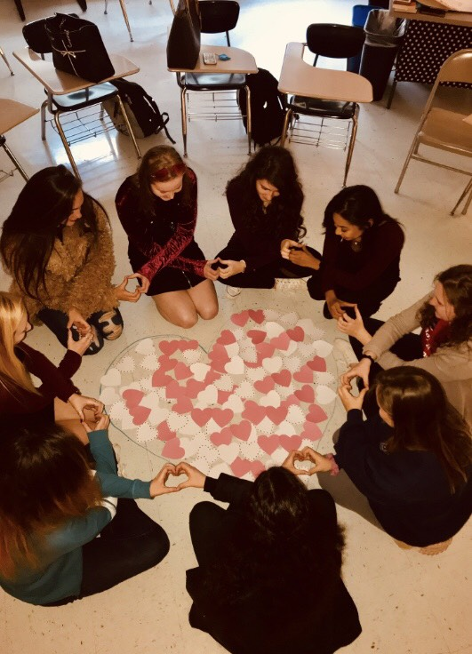 Girls United: Read All About It!