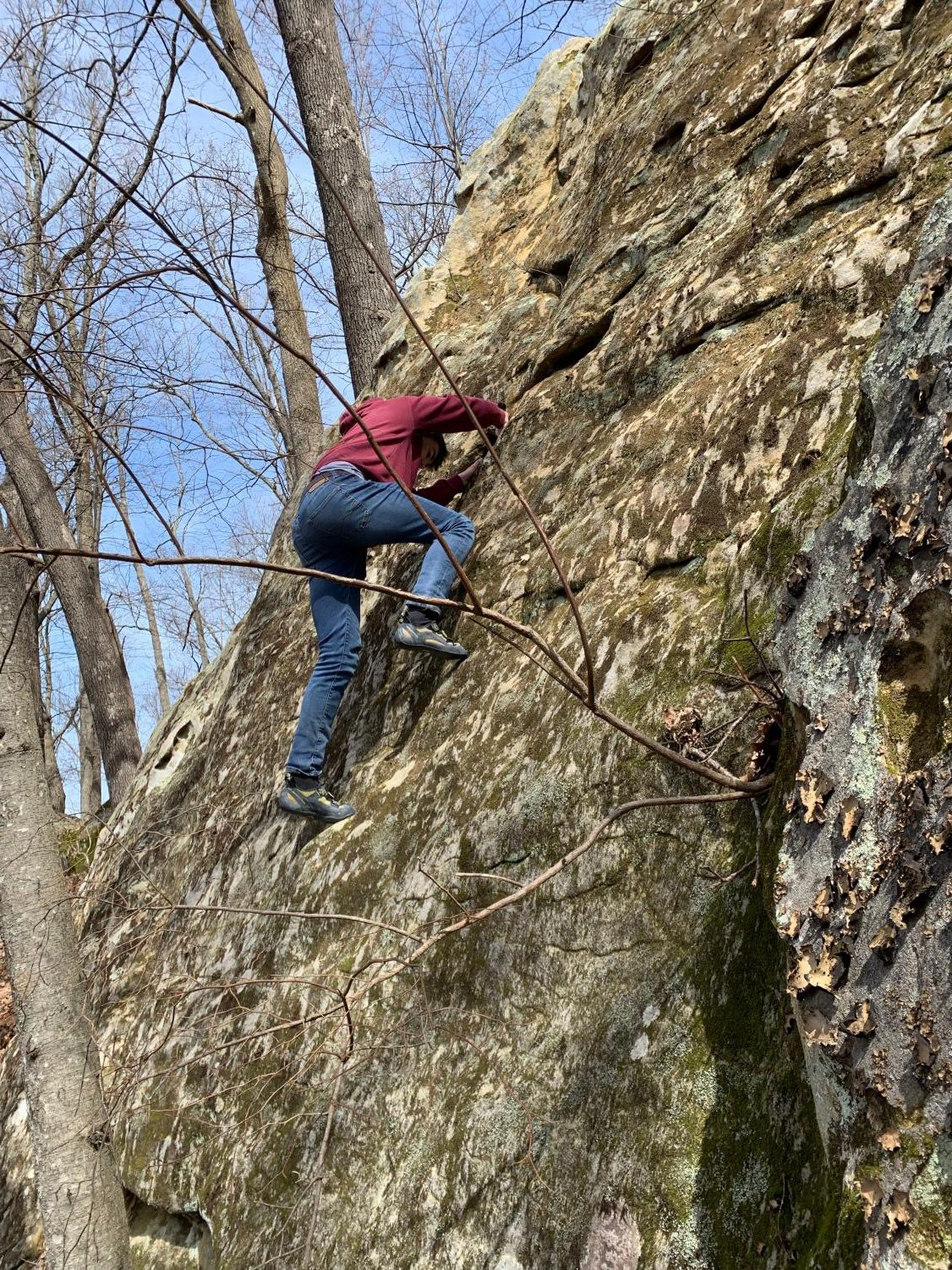 Once+on+location+we+warm+up+by+climbing+some+boulders+near+the+wall.+Boulders+are+rock+problems+that+are+generally+about+15+feet+tall.+Because+of+this+height+there+are+not+safety+ropes.+in+a+normal+climbing+gym+there+are+safety+mats+but+in+nature+climbers+spot+each+other.