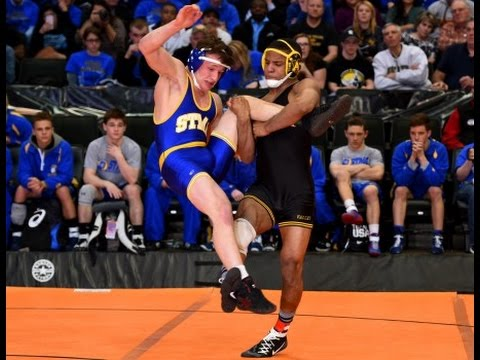 Mark+Hall+is+a+wrestler+at+Penn+State+University.+Hall+was+the+runner+up+at+the+2019+NCAA+wrestling+championship.+Hall+wrestled+at+Ryle+County+High+School+for+a+year.%0APhoto+by+Richard+Kim.