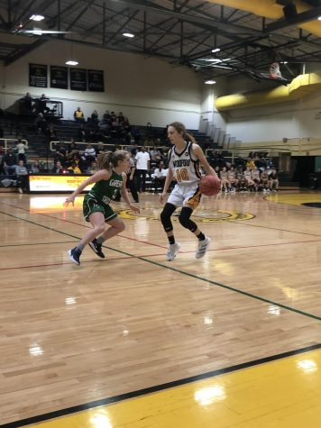 Lady Jackets Fall to Great Crossing