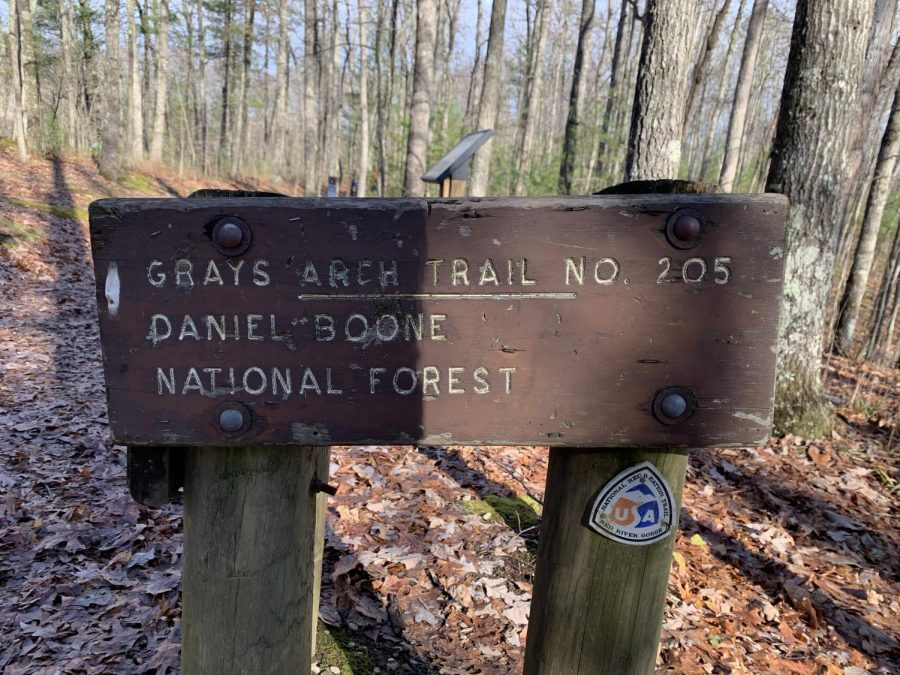 The sign at the beginning of the Gray's Arch Trail.