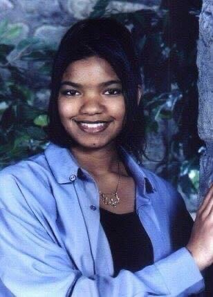 A lovely high school senior photo of Candice L. Kirtley.