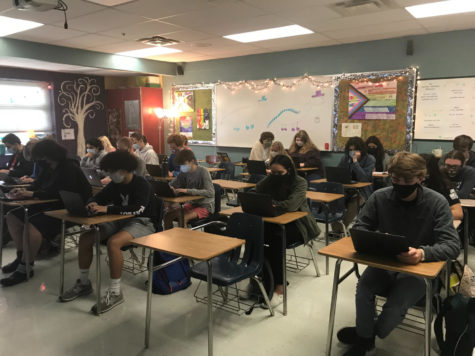 All in-person students at WCHS work on their articles in Digital Journalism.