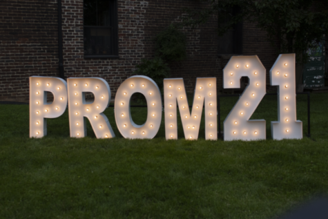 Pictures from Prom 2021!