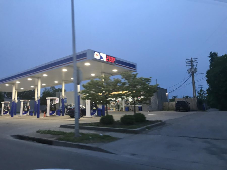The good ole' Marathon gas station! Prices are rising in most places. You can start to see the sky getting darker. Taken at 8:40 pm.